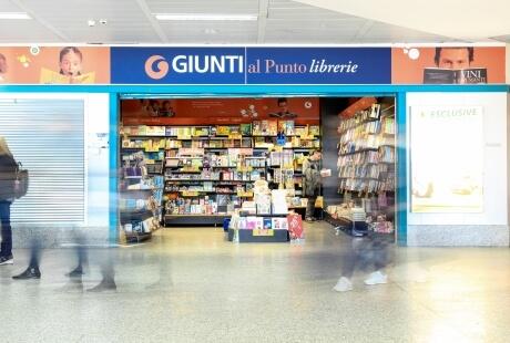 Bookcase Giunti Alghero Airport